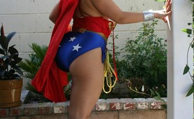 Chubby naked superwoman