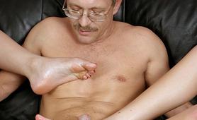 Sexy feet jerking old perverts hard dick