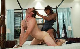 Black tranny mistress hair pulling anal
