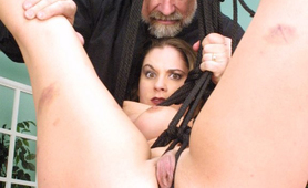 Master Len abusing sexy slave with ropes
