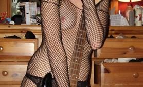 Very naughty very horny emo girl