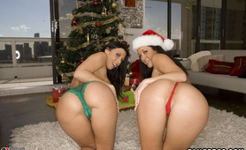 Bubble ass babes in christmas outfit sucking huge cock ass penetration