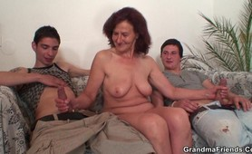 Having a hot fuck with a grandma
