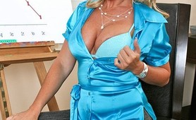 Ahryan Astin has big tits and uses her assets to their full potential
