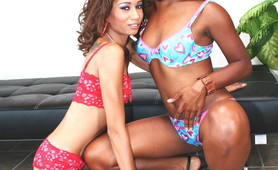 Alluring and hot sistas Mya and Vixen make out at the living room