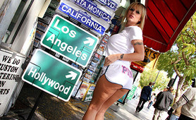 Velicity Von flashes and fucks on the streets on LA
