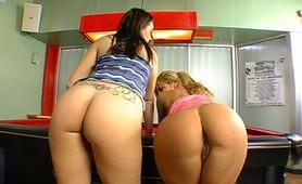 Hot blonde girls going over a hardcore bubble ass anal deep fucking