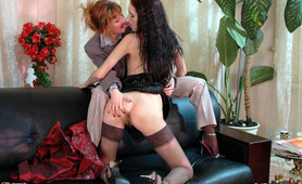 Judith&Alice enjoying anal lesbian sex