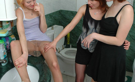 Rosaline& Alice&Irene pantyhose obsessed trio