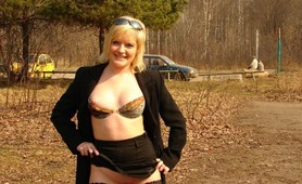 Charming blonde belle flashes in public