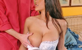 Big boobs stunner Carmela Bing tit pounded and cumshot
