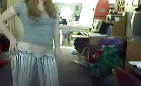 Amateur teen takes down her  panties and showing pussy
