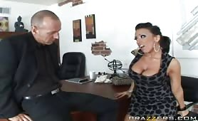 Bigtits milf Ricki needs a job