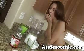 Layla Rivera drinks ass smoothie