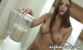 Cheyenne Hunter drinks ass smoothie