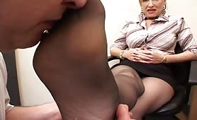 Mature whore gets office Foot sucking