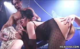 Big tit babe gets double penetration